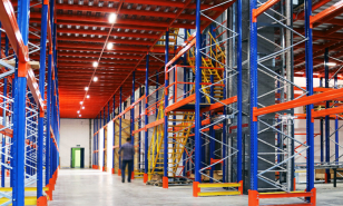 Efficient three level mezzanine warehouse